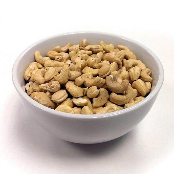 GoNutrition naturální kešu ořechy 400g