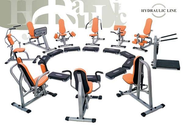 Set 10. strojů Kruhový trénink Hydraulicline - černá - montáž zdarma, servis u zákazníka