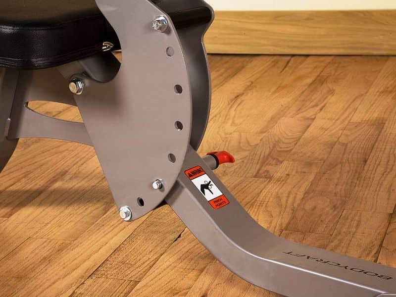 Nastavitelná posilovací lavice Body Craft F603