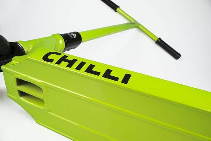 Chilli C1 2014 zelená freestyle koloběžka