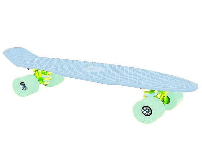 """CRUISER board 22 x 6"""" světlá modrá, zelená kolečka 60x45 mm"""