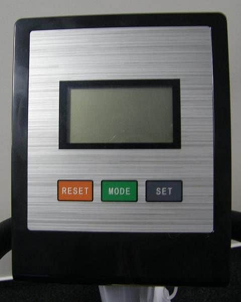 Eliptický trenažér HI-TEC 621E