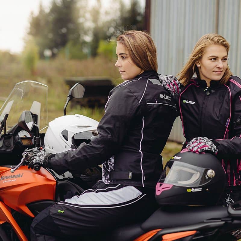 Moto helma W-TEC V105